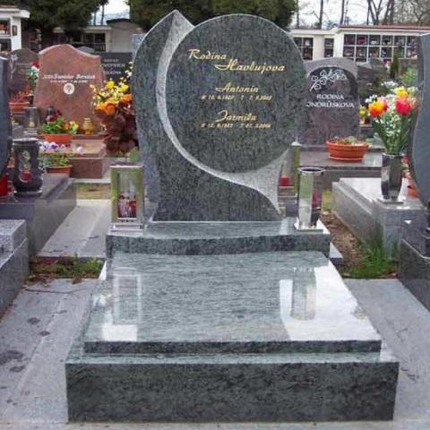 Kamenické práce - hroby a pomníky